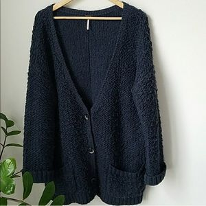 Free People chunky knit sweater. Size Large